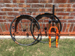 29er 32mm wide, 26.5mm internal XC carbon wheelset with DT240s hubs