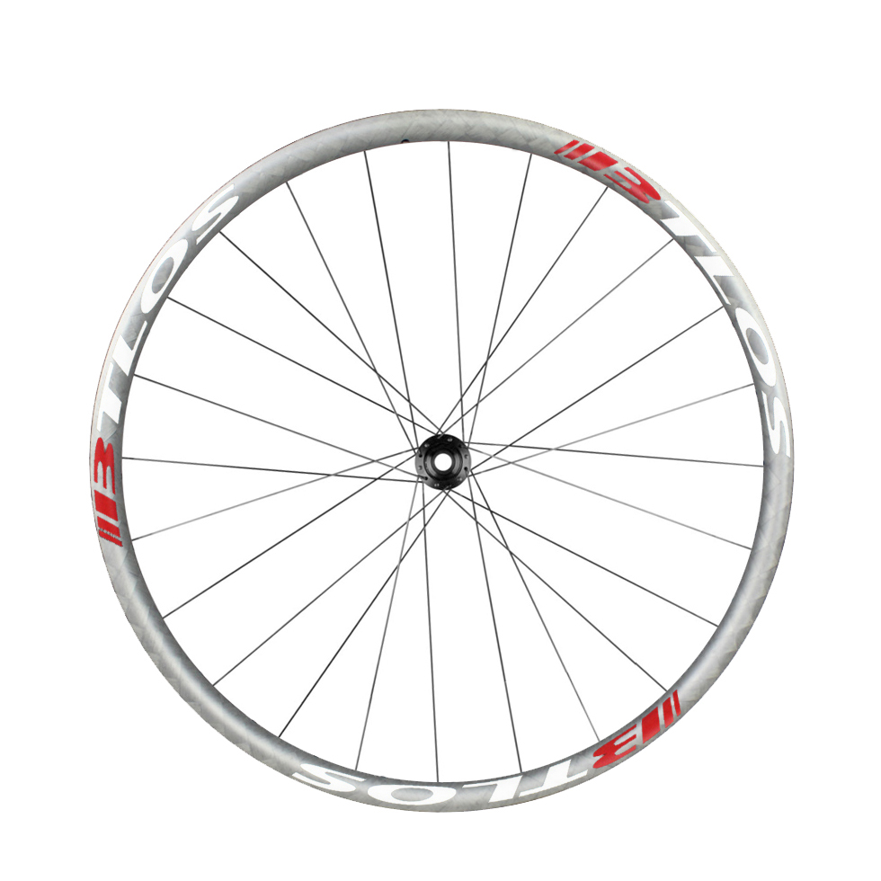 Handbuilt cycling wheelsets super light 650B 27mm wide XC tubeless compatible