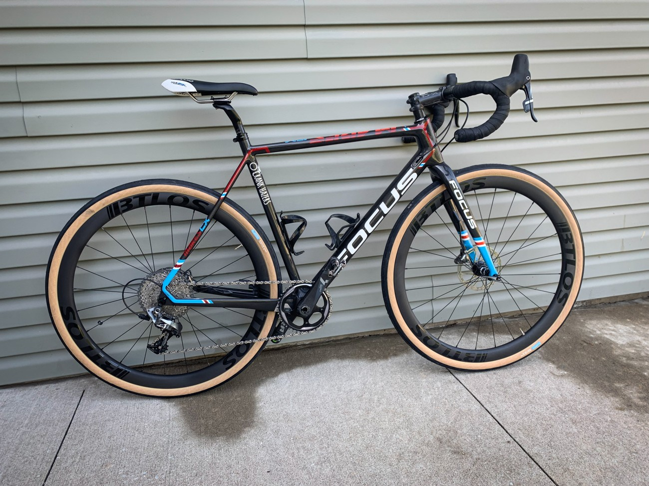 gx40 40mm depth carbon wheels