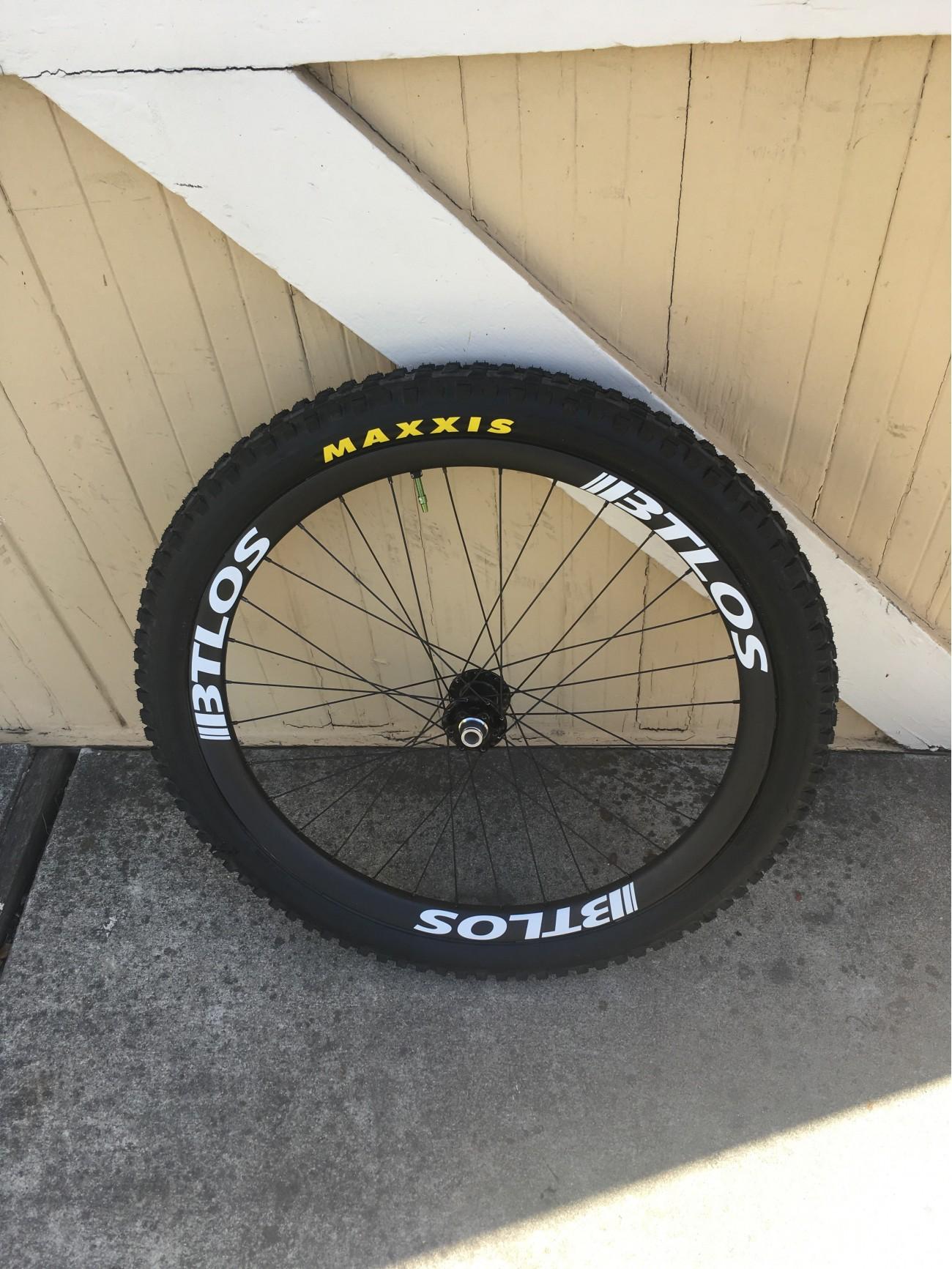 WM-i34 carbon wheelset