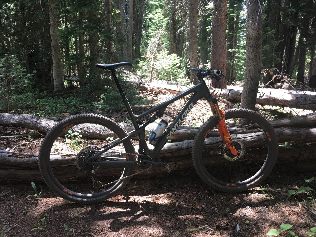 Santa Cruz bike with BTLOS carbon wheels